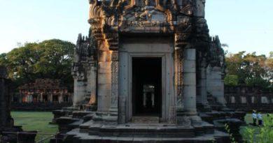 Album Phimai Complex - Korat - NE Thailand - Photographs by Ven. Priya Rakkhit